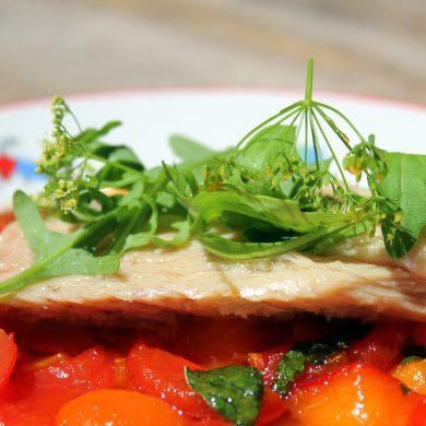 ensalada de atún con tomate y albaricoques2