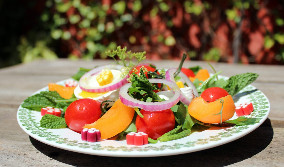 Ensalada de verano fresca y original, ideal para niños