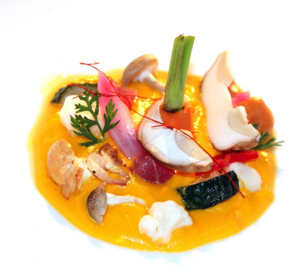 Aji de amanita, cebolla, setas, zanahoria, ceviche de amanita caesearea
