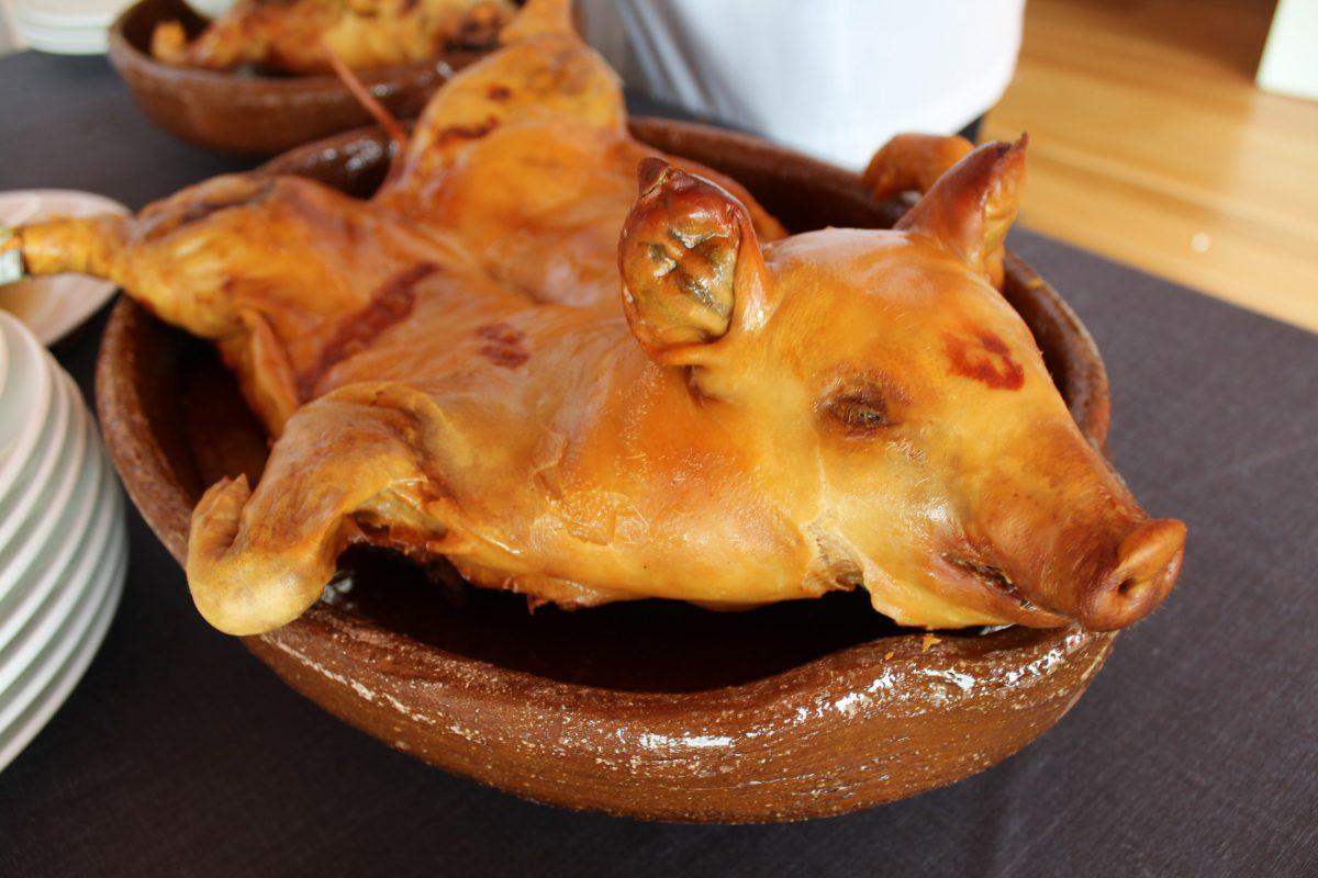 Cochinillo de Segovia asado