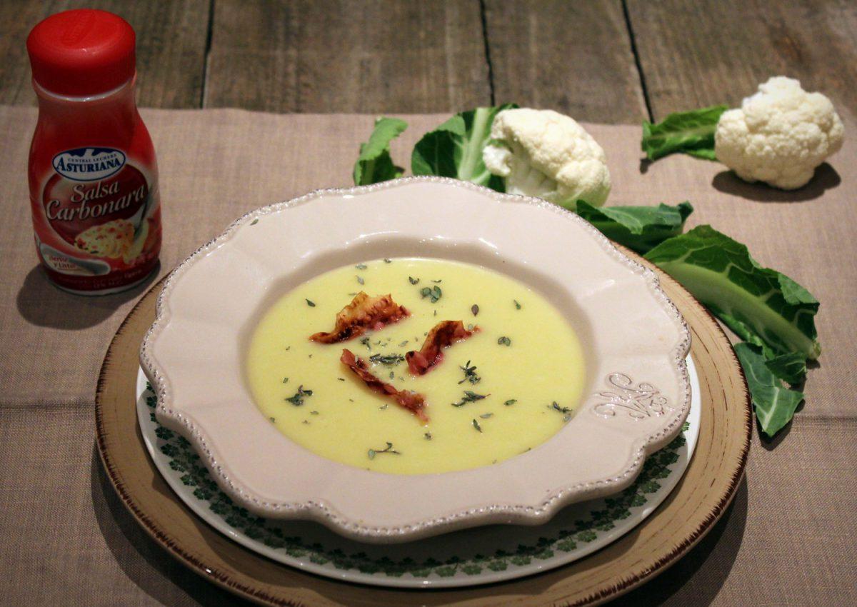 Crema de coliflor y salsa carbonara