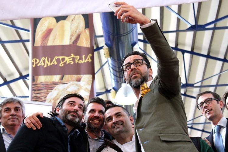 selfie del jurado Concurso Gamba Roja Denia - Rafa Soler, Ruben Cabrera, Quique Dacosta