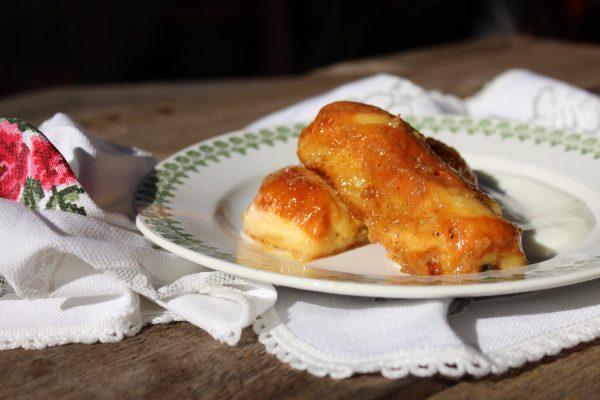 Torrijas de pan de leche caramelizadas