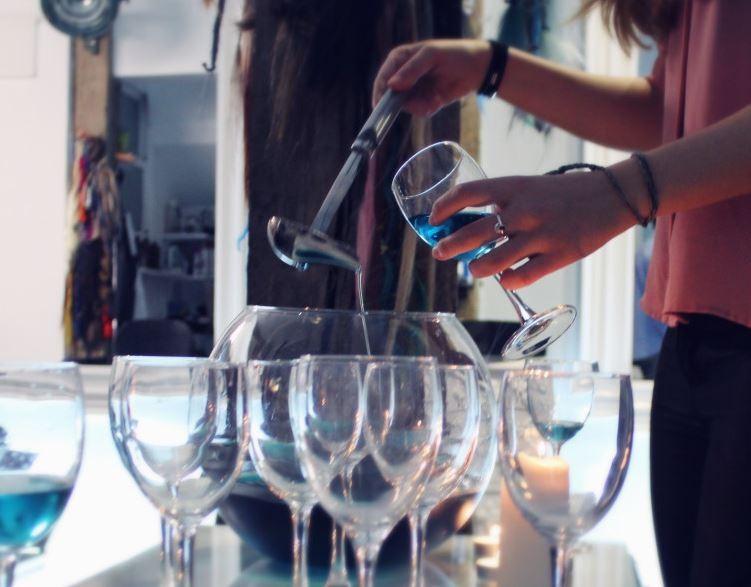 gik - vino azul -