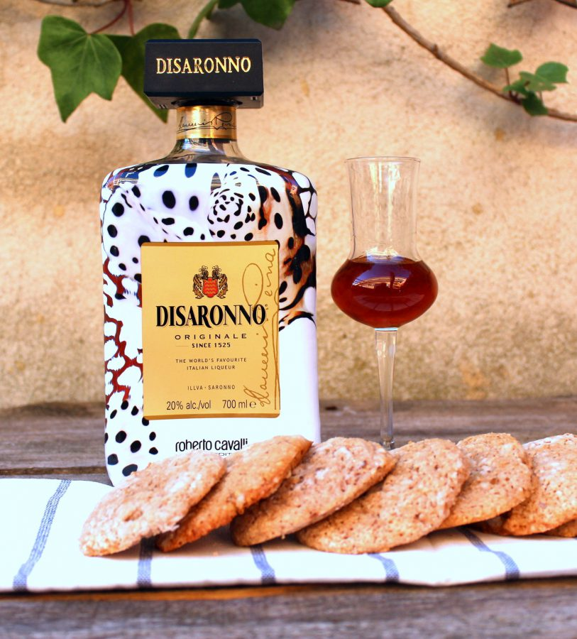 Galletas de Almendra y Disaronno Wears Cavalli