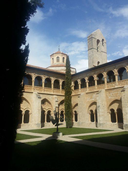 Claustro monasterio Santa María de Valbuena (3)