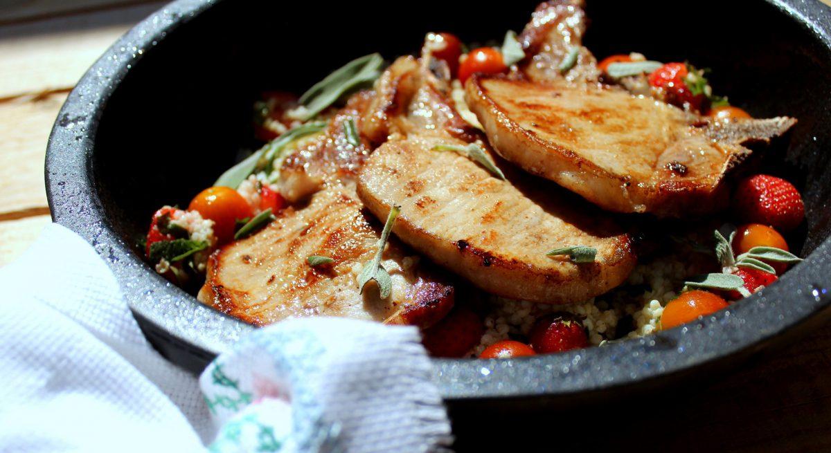 chuletas de cerdo con ensalada de mijo-2