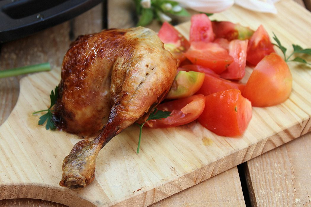 pollo asado con crema de cebolla y melocotón 4