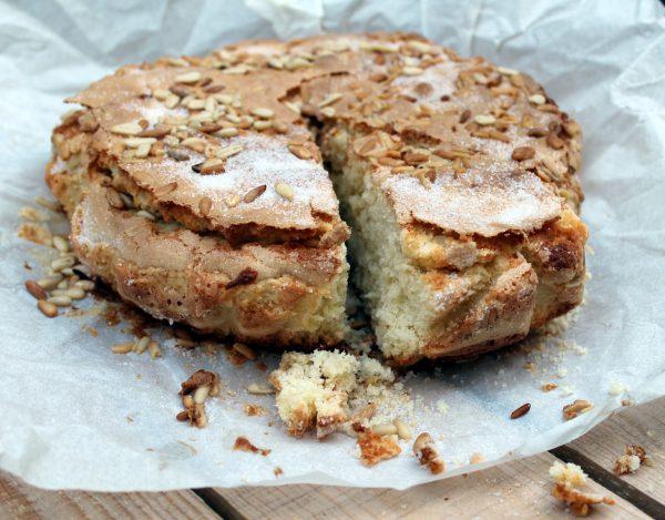 Receta de Bizcocho de Piñones o Torta Pisana