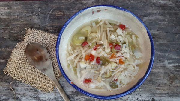 Sopa Jardinera de verduras y pasta
